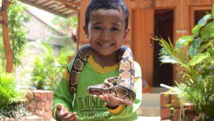 Outbound Edukasi Reptil di Tuban