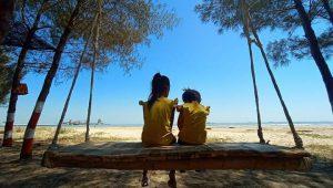 Wisata Pantai Semilir Socorejo Tuban