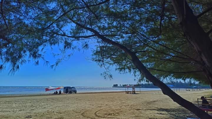 WIsata Pantai Cemara